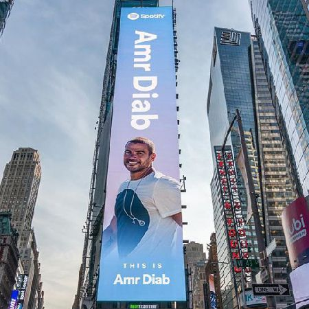 Spotify crowns +30 years of success in Times Square #ThisIsAmrDiab